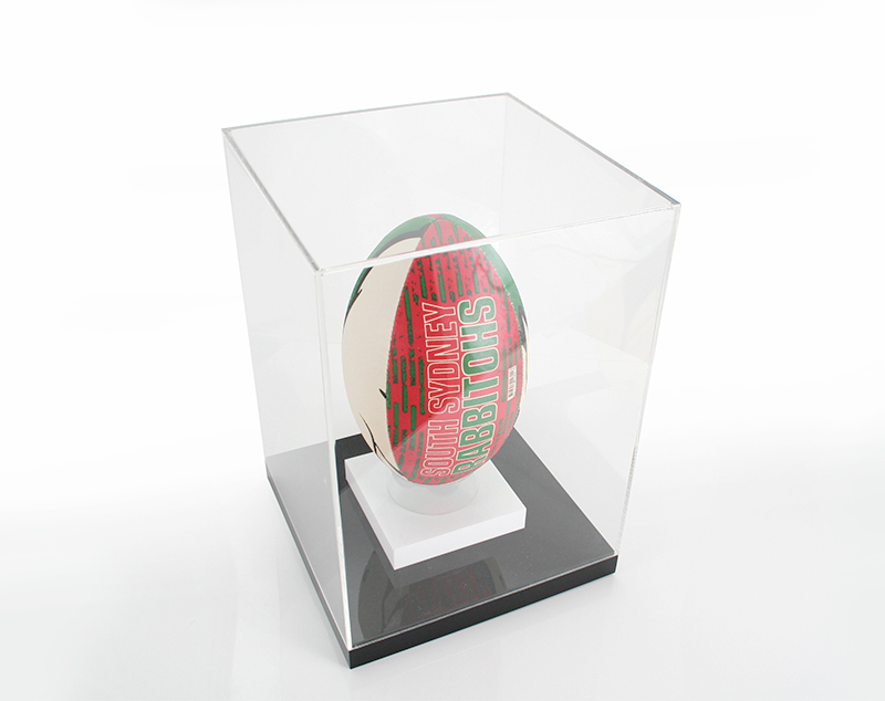 premium-acrylic-footy-display-case